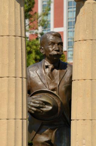 Estátua do Barão de Coubertin em Atlanta, sede dos Jogos Olímpicos em 1996. Foto: Shutterstock